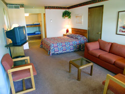 hotelroomwithbunks